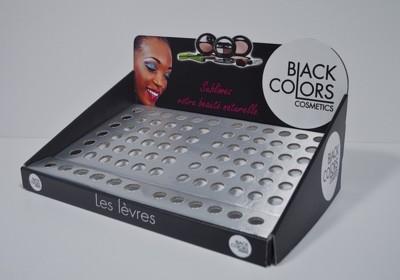 PLV de comptoir cosmétique : vos produits à proximité directe de la caisse