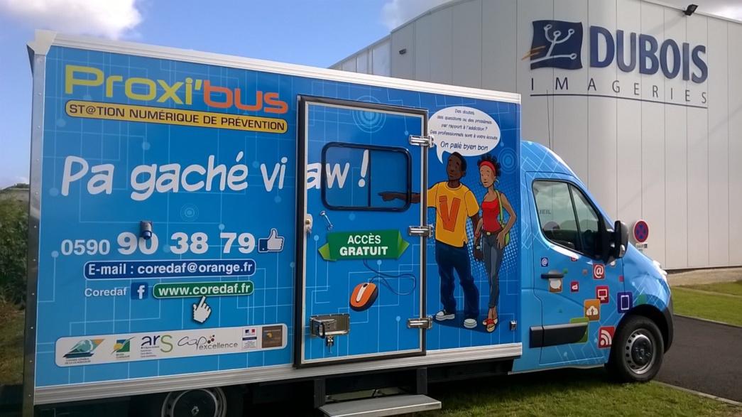 Proxibus, superbe realisation de total covering