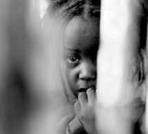 Haïti, l'art comme thérapie pour 300 enfants